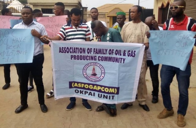 Association Of Family Of Oil and Gas Producing Community, Okpai Branch Protest to the Office of the Delta State Ministry of Oil and Gas Asaba