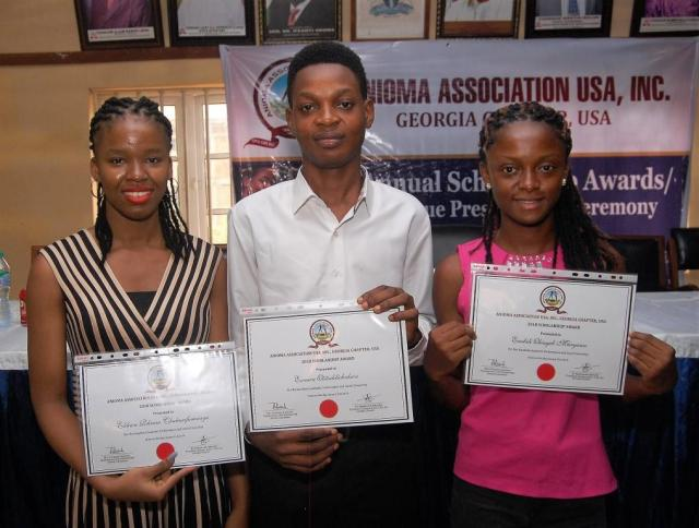 L-R: Miss. Chukwufumnanya Elikwu of Lagos State University, Mr. Otitodilichukwu Esennwa of University of Lagos and Miss. Maryann Obiageli Enebeli of University of Port Harcourt display their Certificates