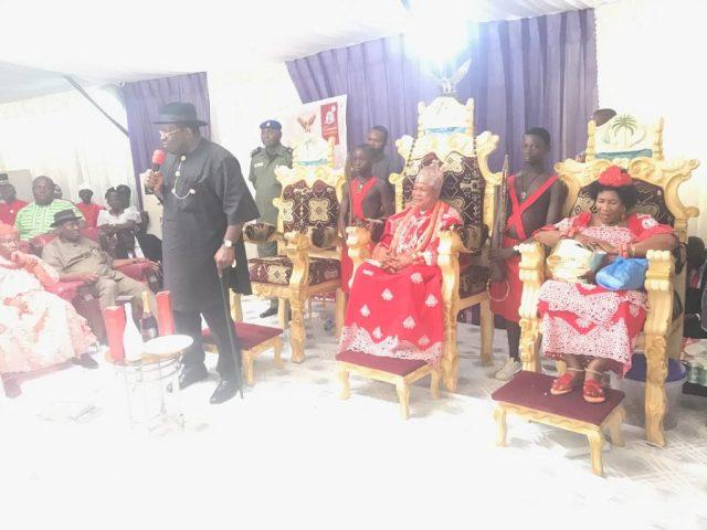 Dickson Celebrates With King Charles Ayemi-Botu, the paramount Ruler of Seimbiri kingdom on his Silver Jubilee Coronation Anniversary