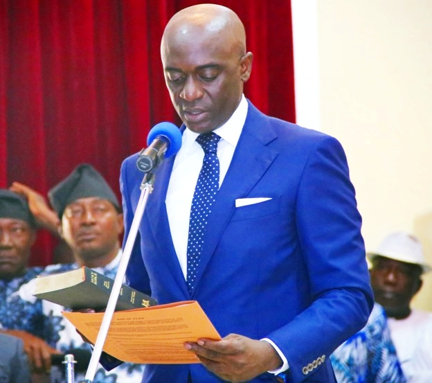 The newly appointed Secretary to the State Government, Barr. Chiedu Ebie, taking Oath of Office.