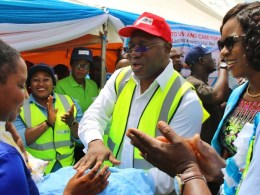 Delta State Deputy Governor, Dcn Kingsley Otuaro and Delta First Lady, Dame Edith Okowa making the first Distribution of Free Long Lasting Insecticidal Nets