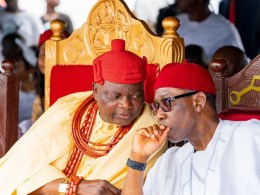 Delta State Governor, Senator Dr. Ifeanyi Okowa (right) and His Royal Majesty, Ogurimerime Ukori 1, Ovie of Agbon Kingdom, during the Official Opening of the Ultra-Modern Palace of Agbon Kingdom.