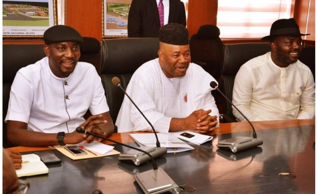 Senator Godswill Akpabio, Minister of Niger Affairs with Youth Leaders from the Niger Delta Region