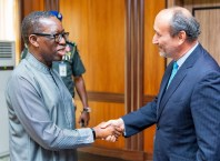 Delta State Governor, Senator Dr. Ifeanyi Okowa (left), welcoming the Ambassador of the Czech Republic, Marek Skolil when the latter paid him a courtesy visit in Government House, Asaba.
