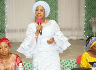 Dame Edith Okowa, Wife of Delta Governor addressing Wives of Traditional rulers in the State at Unity Hall, Government House Asaba