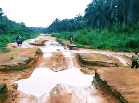 A Road in Ruin.