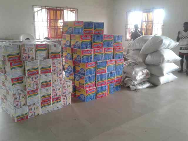 The Food Items Doanted by Engr Isaac Omafuaire to Olomu Communities