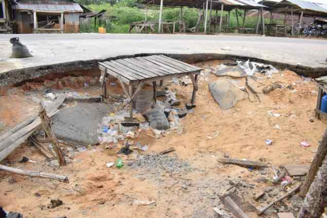 Failed Sections of Umeh Road (4)
