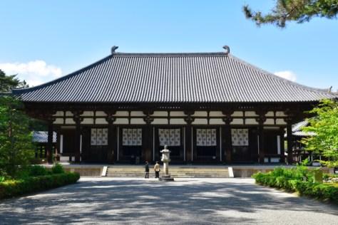 唐招提寺金堂=奈良市五条町、滝沢美穂子撮影