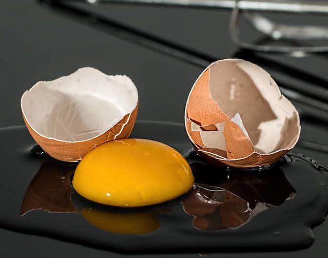 Broken eggs