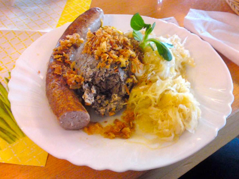 Pfälzer Bratwurst with Leberknödel and Sauerkraut