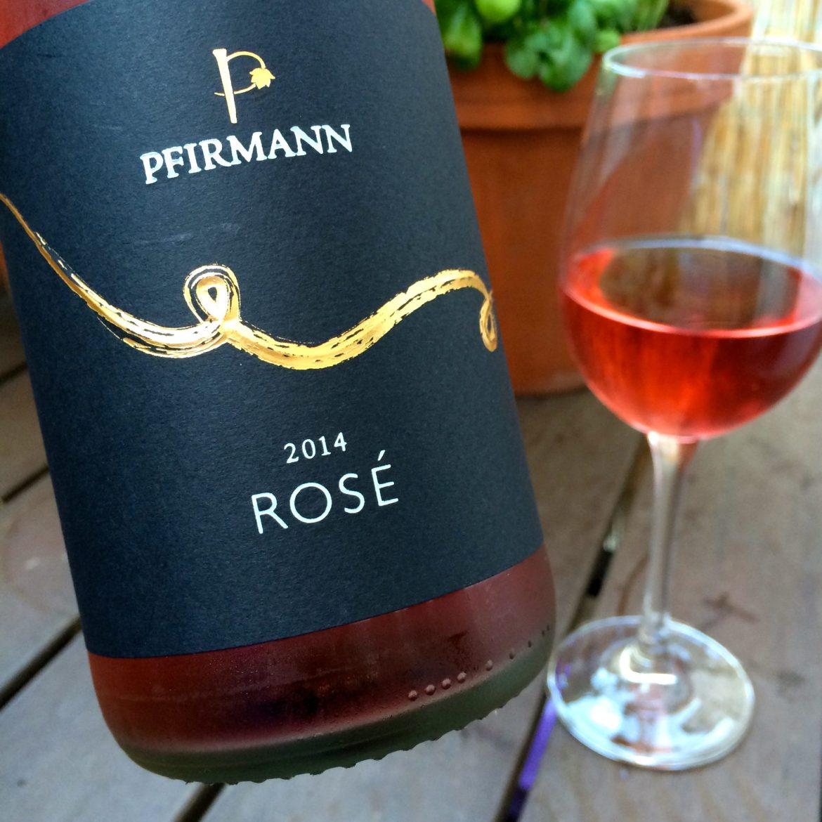 A bottle and glass of German rosé wine