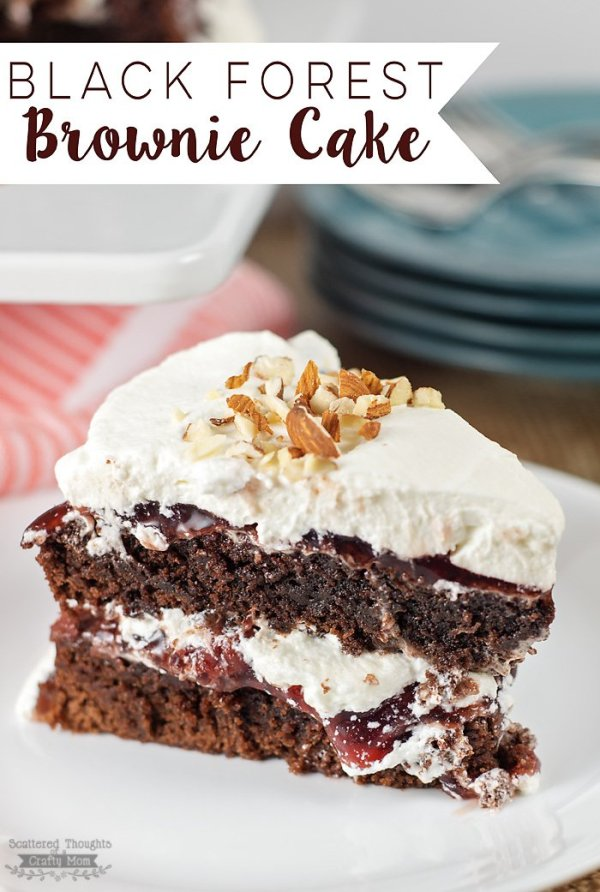 black-forest-brownie-cake700