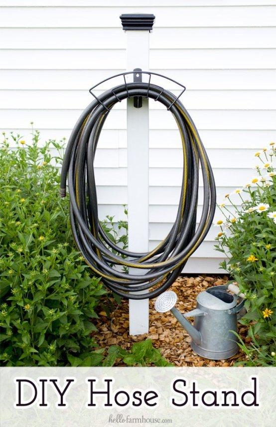 diy-hose-stand