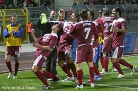 Campionato 2009-2010, festeggiamenti dopo un gol