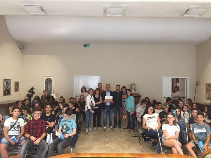 Studenti francesi incontrano il sindaco di Ascoli Guido Castelli