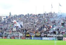 I tifosi dell'Ascoli, foto da pagina Facebook ufficiale Ascoli Picchio