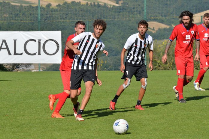 La prima partitella dell'Ascoli Calcio a Cascia
