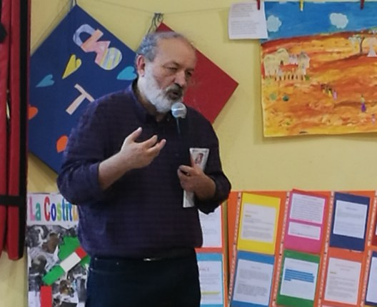I bambini della scuola primaria di rivalta incontrano Roberto Piumini
