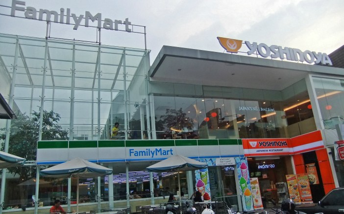 Yoshinoya and Family Mart stores in Jalan Bulungan, South Jakarta.