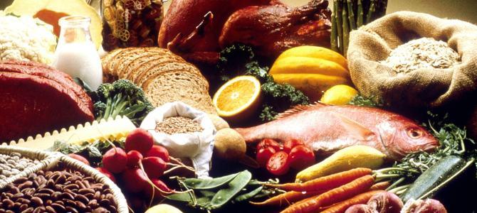 Contamos con la colaboración de un nutricionísta y una dietísta.