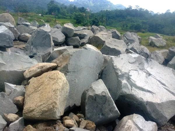 batu boulder