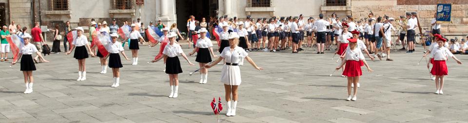 Åse Skolekorps på Piazza dei Signori