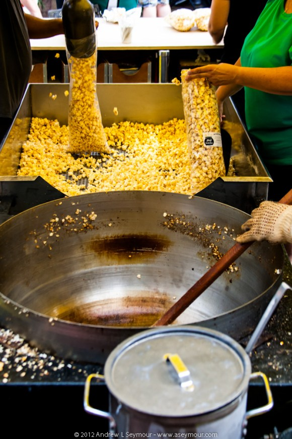 Cooking and Serving Kettle Popcorn