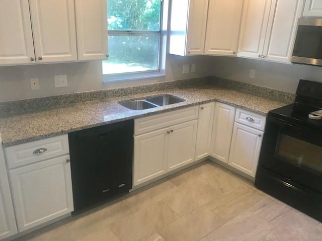 Bianco Sardo Grey White Granite Kitchen Countertop Remodel In Seffner  Florida