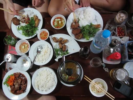 Vietnamese food hanoi