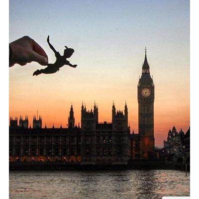 paperboyo-paper-cutout-photography---Big-Ben-&-Peter-Pan