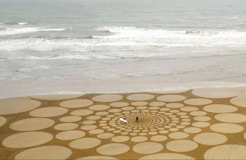Sand-Artists---Jim-Denevan