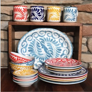 2016-holiday-gifts-dinnerware-set