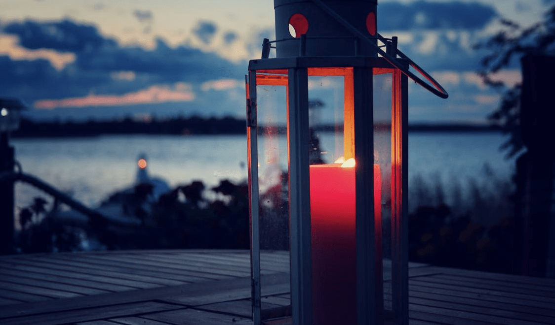 Summer Night Entertaining with Outdoor Candles
