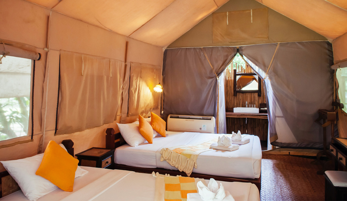 Poshtels and Glamping