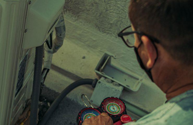 Air Con Engineer