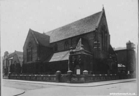 Ashburton-Hall-left-of-Christ-Church
