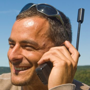 Iridium 9555 Satellite Phone-3