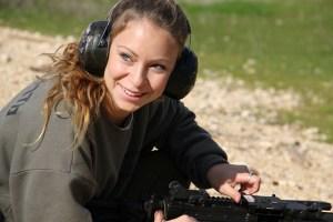 Caporal Daniella Stepanoe, instructrice de tir dans l'armée israélienne