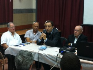 table ronde du 19 juin 2013 004
