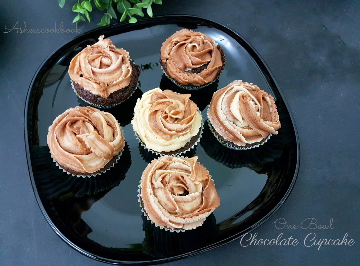 One Bowl chocolate Cupcakes -300th Post