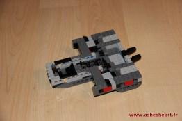 Lego - Set 75104 Kylo Ren's Command Shuttle - image 07