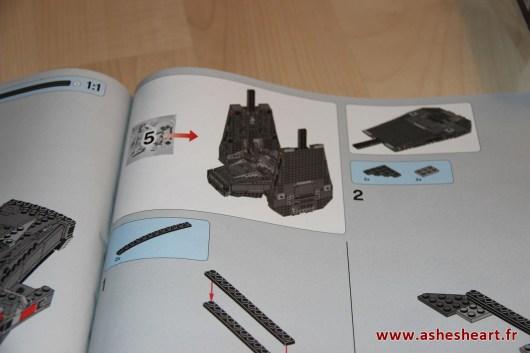 Lego - Set 75104 Kylo Ren's Command Shuttle - image 24