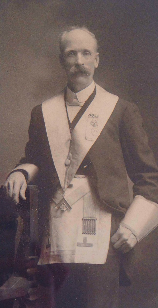 Samuel Robinson in Masonic regalia, circa 1902