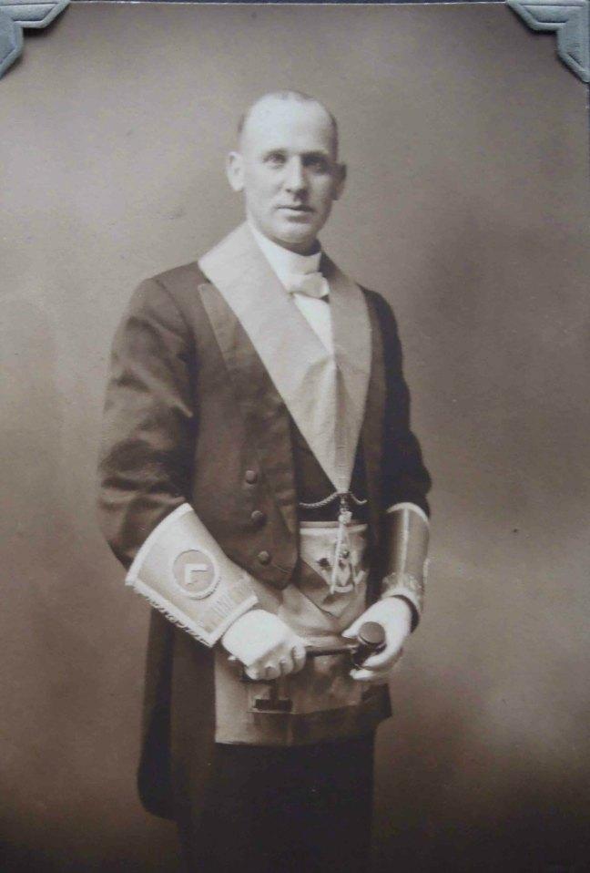 Walter Baxter, Worshipful Master of Ashlar Lodge in 1919