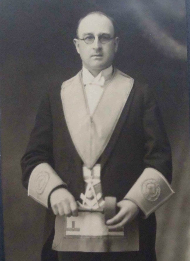 S. Conrad Woodcock, Worshipful Master of Ashlar Lodge, No.3 in 1933 and 1944