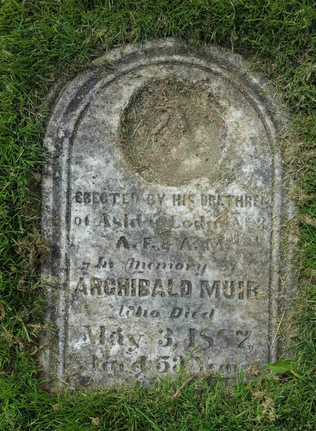 The grave marker of Archibald Muir, placed by Ashlar Lodge No. 3 in May 1887, Bowen Road cemetery, Nanaimo (photo by Ashlar Lodge No. 3 Historian)