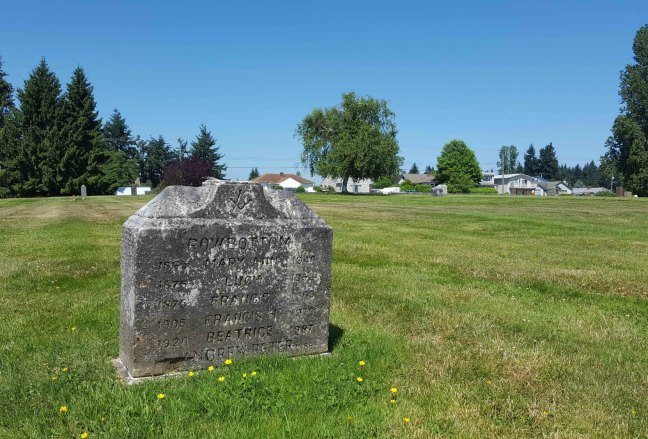 Francis Rowbottom grave, Bowen Road cemetery, Nanaimo, B.C. (photo by Ashlar Lodge No. 3 Historian)