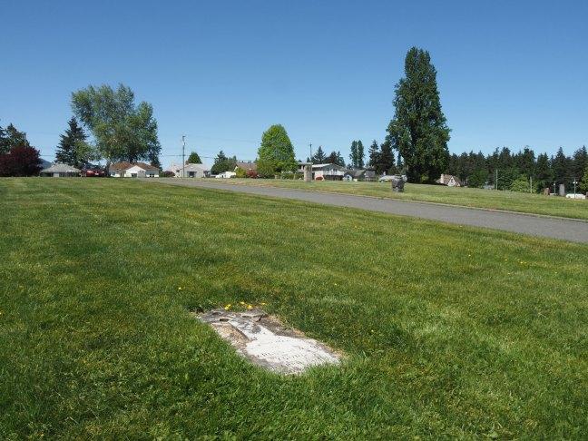 Charles Newton Young grave, Bowen Road Cemetery, Nanaimo, B.C. (photo: Ashlar Lodge No. 3 Historian)