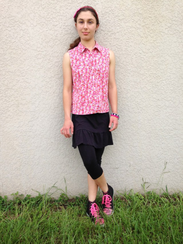 Pink Giraffe #2 - Outfit Photo